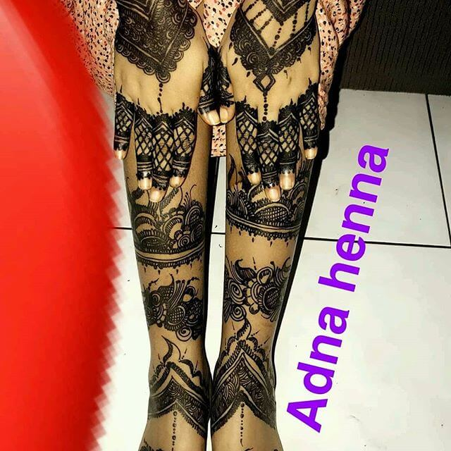 full leg mehndi design