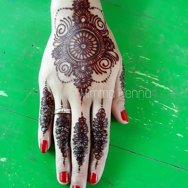 2018 Latest Leaf And Floral Mehndi Design Sensod