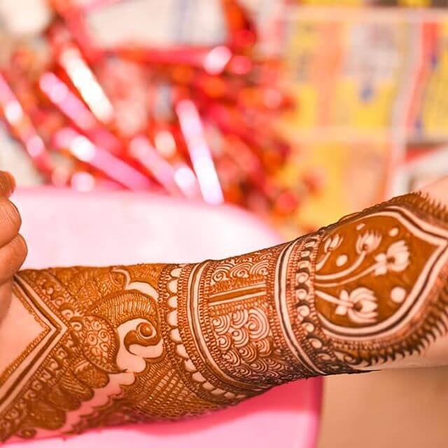 arm design on mehndi