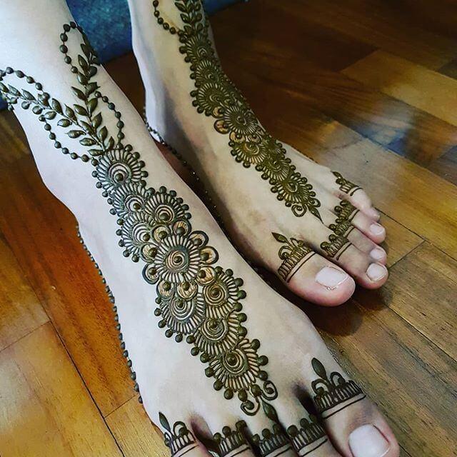 foot mehndi art