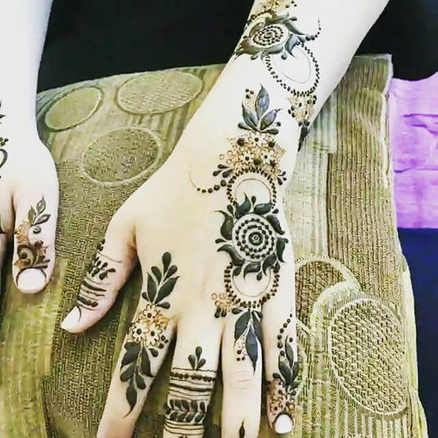 Latest Arabic Henna Designs For Hands