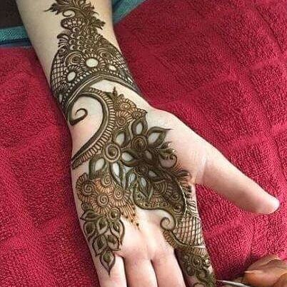 fronthand simple mehndi design