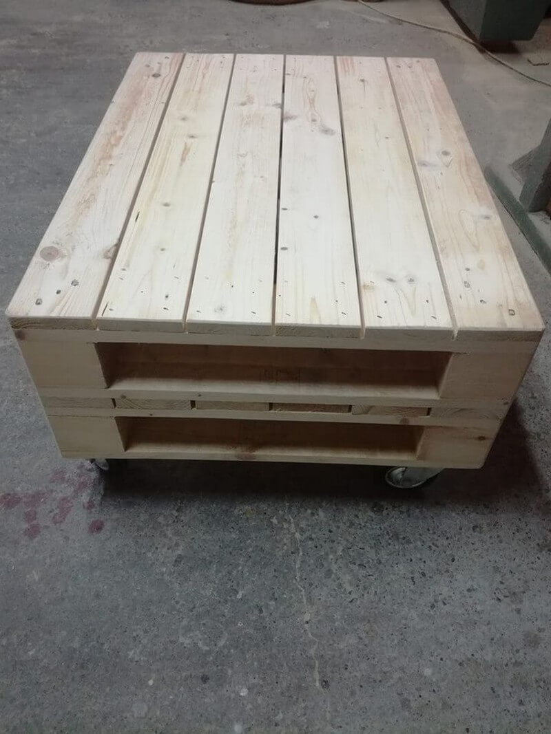 wooden pallet center coffee table