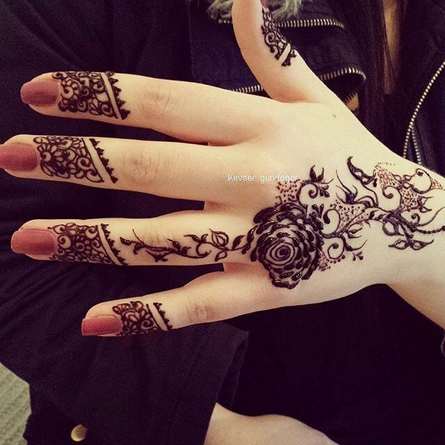Collection Of Simple Mehndi Design For Beginners