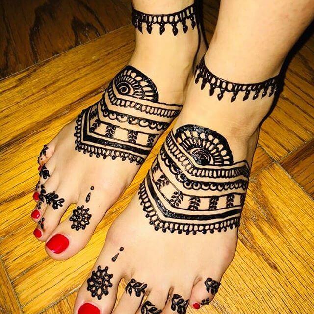 foot mehndi