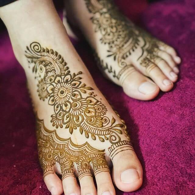 latest foot designs