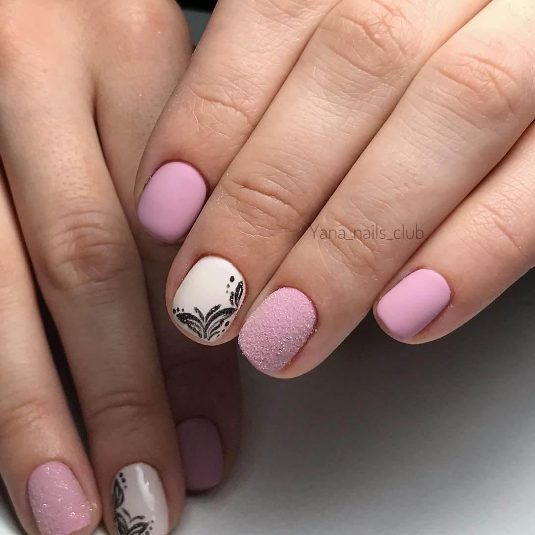 elegant nail art designing