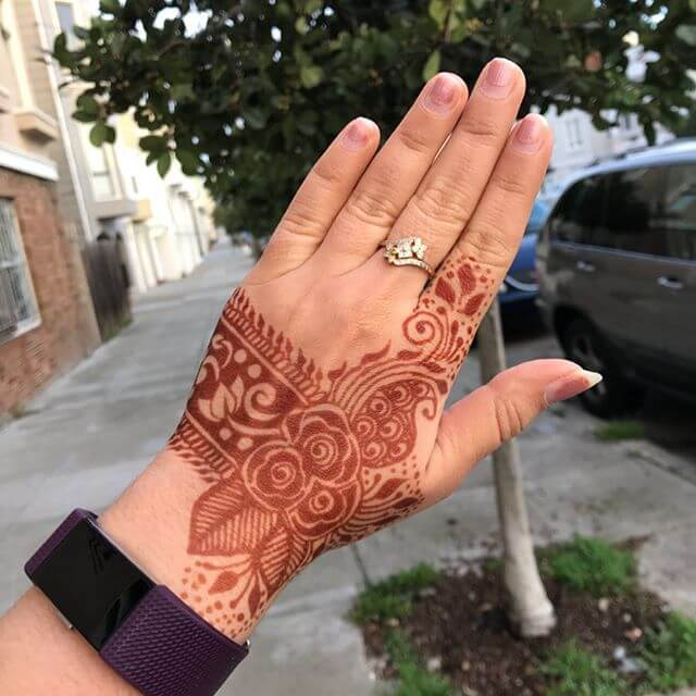 simplest mehndi design