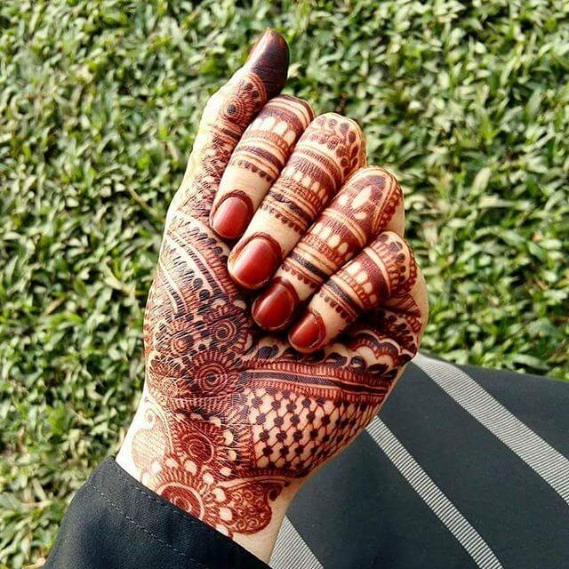 simple mehndi design for fingers