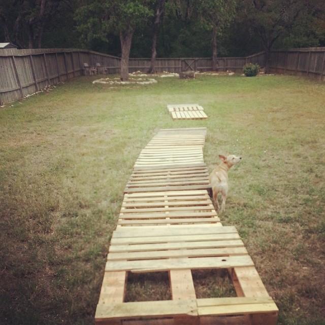 Garden pallet Pathway Ideas