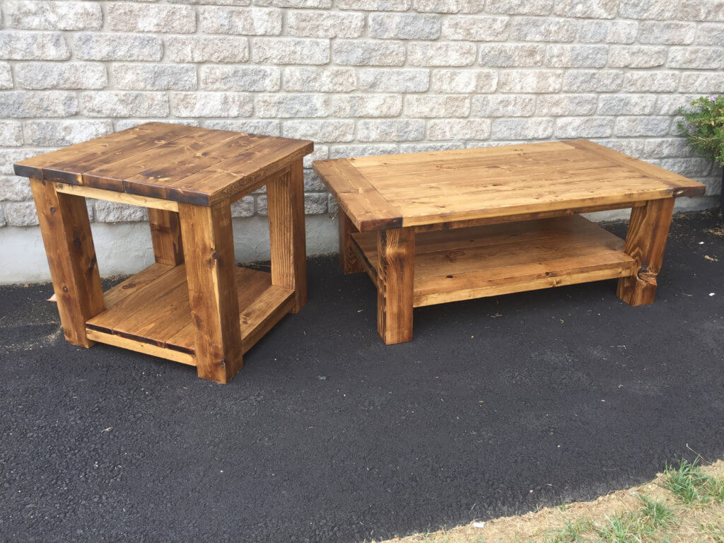 Sturdy and compact coffee table in your living room
