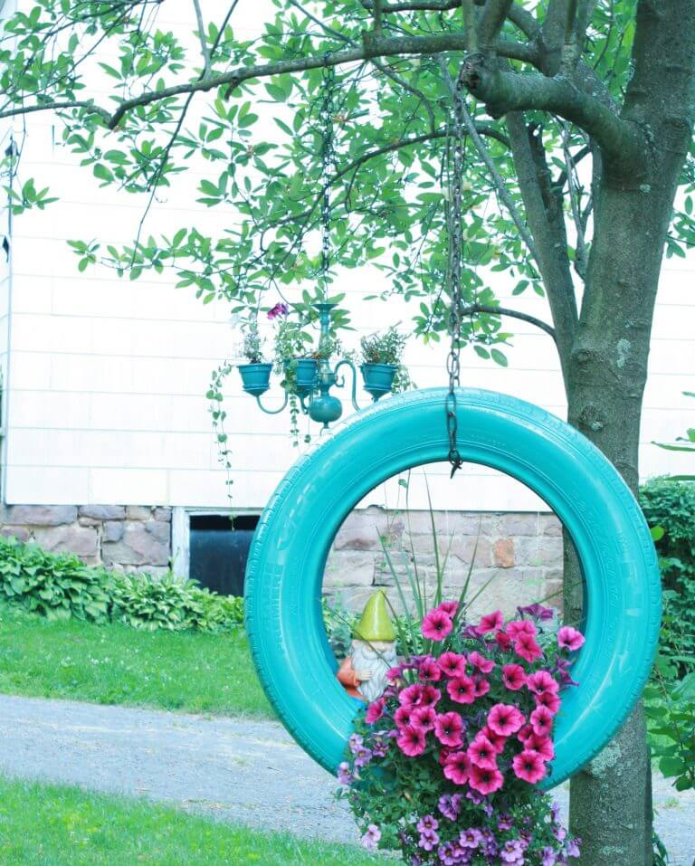 Hanging tire Planter Ideas