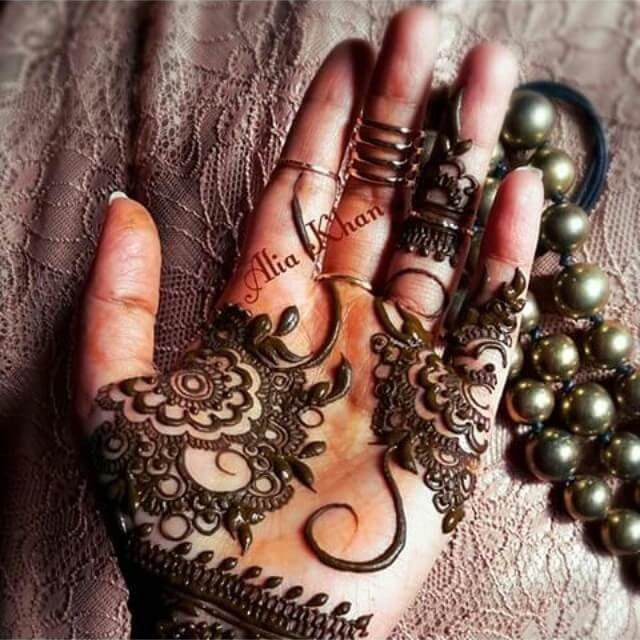 13 Beautiful and Easy Front Hands Mehndi Designs