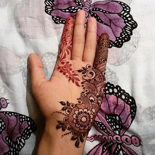 Single Easy Front Hands Mehndi Designs