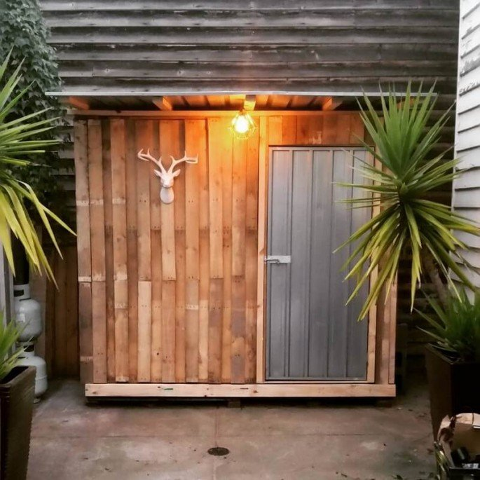 20 Simple And Cheap Wood Shed Made From Pallet ideas