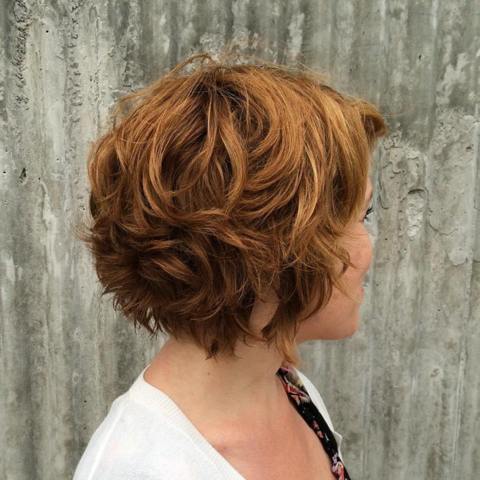 Stunning Looking Short Curly Hairstyles Modern Shag
