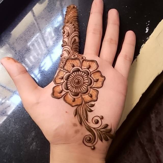 Incredible Latest Mehndi Designs Ideas For Festivals