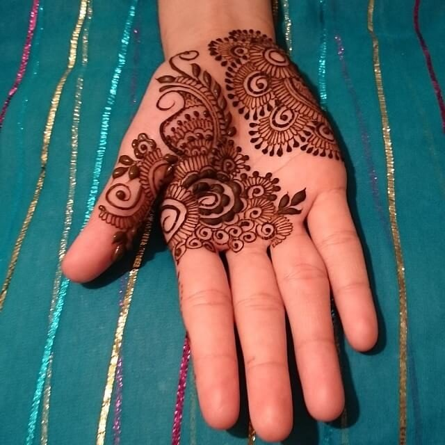 unique mehndi designs on fronthand 2018