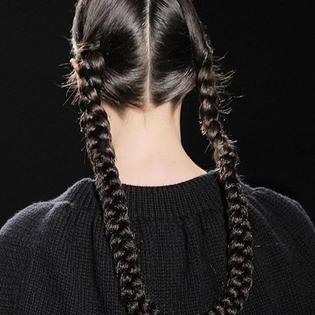 25 Cute Winter Hairstyles for College Girls For Chic Look |Girls Winter Hairstyles