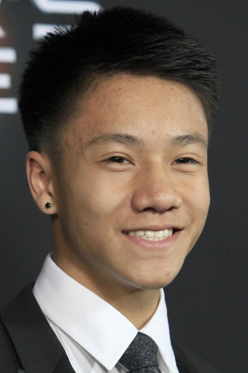 Low Fade Messy Asian Hairstyles for Men