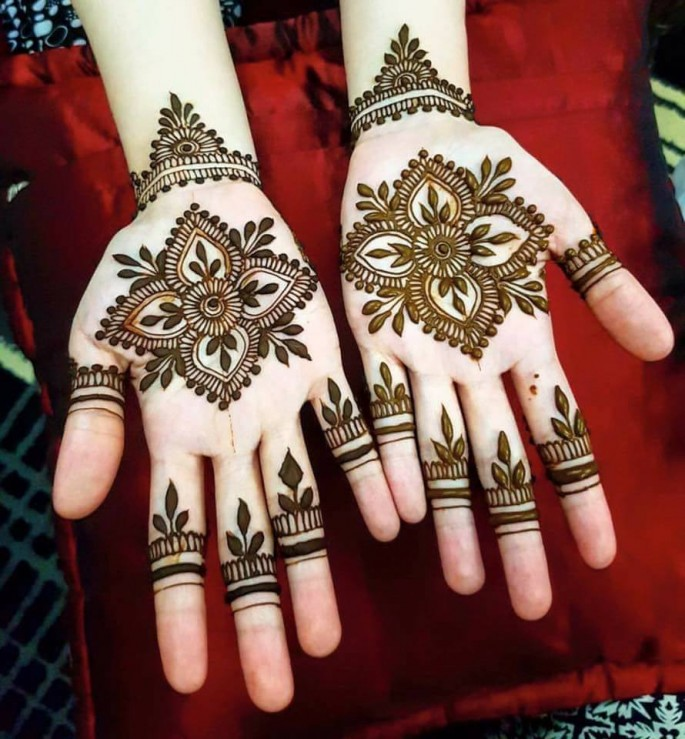 Simple And Easy Mehndi Designs Ideas For Youngers