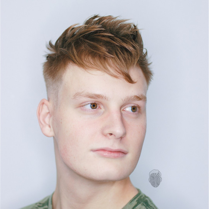 Messy & Texture Short Hairstyles for Men with Fine Hair