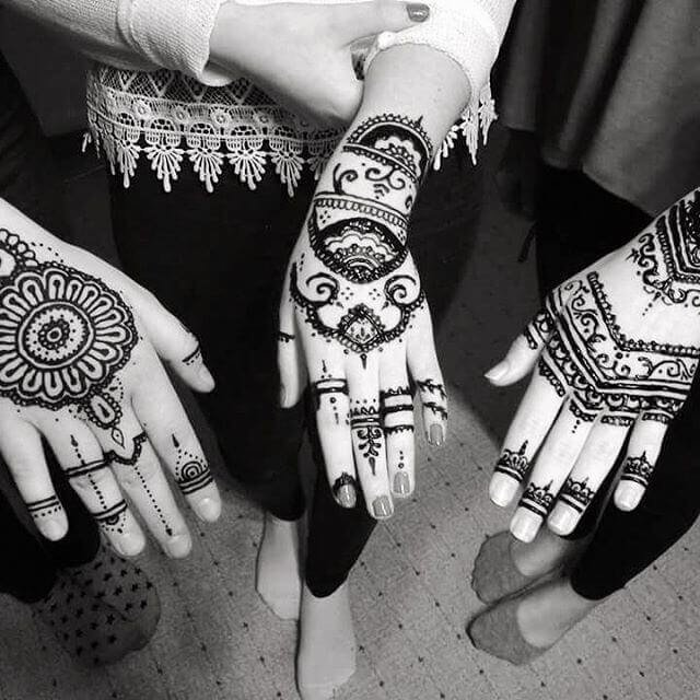 Simplest mehndi Designs For The Newcomers