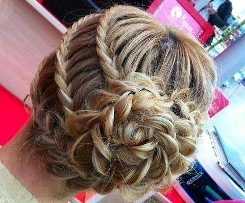 cute girls waves hairstyles for party