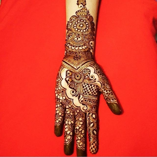 New and gorgeous Fullhands Henna Designs 2018