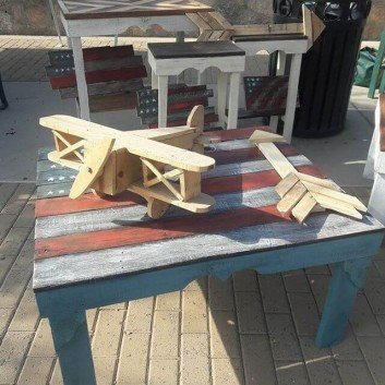 Budget-Friendly Pallet Furniture Ideas For Decoration Lovers