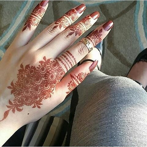 The Gorgeous Mehndi Designs for the Women 2018 on sensod