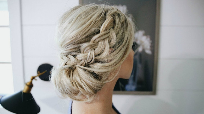 21+ Braided Bun Hairstyles That You Would Love To Try