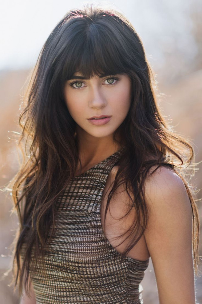 25+ Most Beautiful Hairstyles with Bangs in 2018