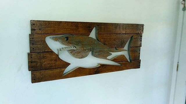 Pallet Shark Shelf Art