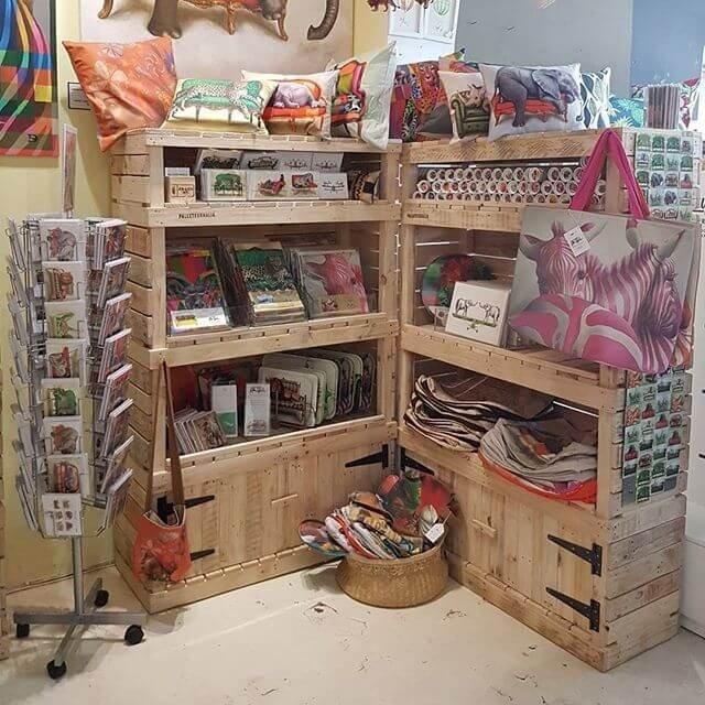 Inspiring DIY Pallet Storage Racks And Cabinets
