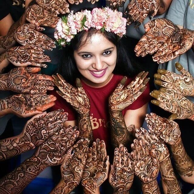 40+ Mehndi Designs 2018 To Enhance The Beauty Of Your Hands And Feet