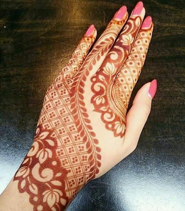 unique women mehndi designs