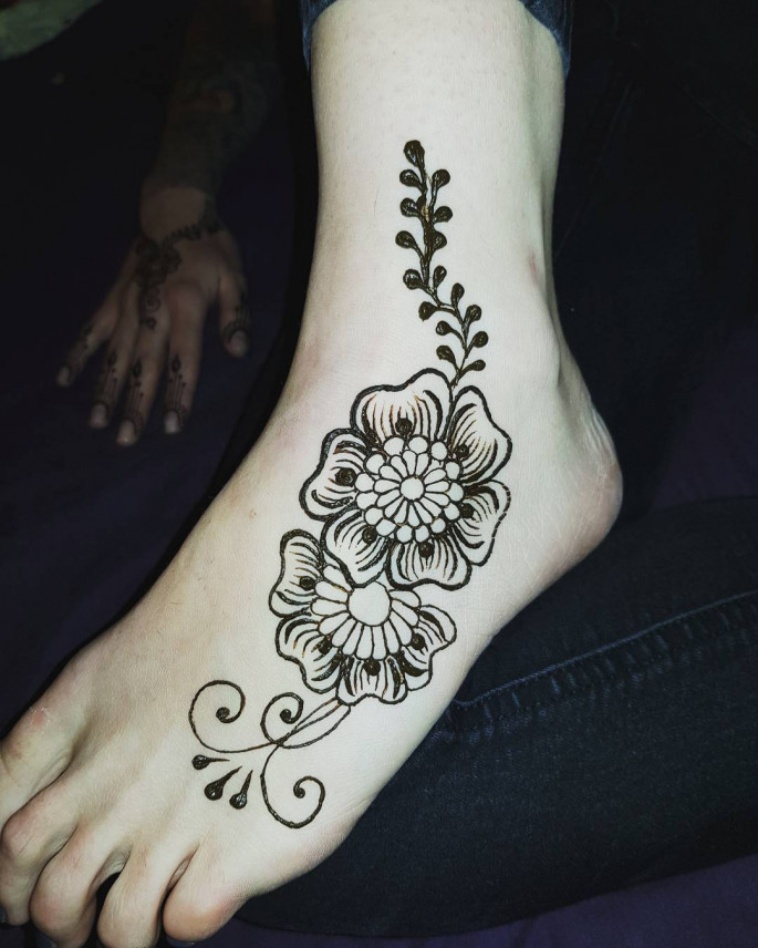 ARABIC Mehndi Designs for Foot