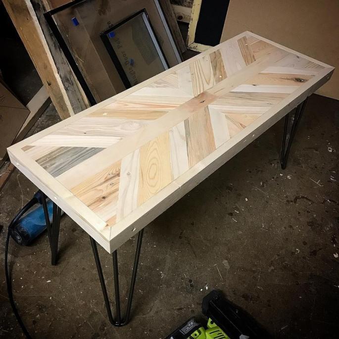 The kiddie Wooden Stylish Bench