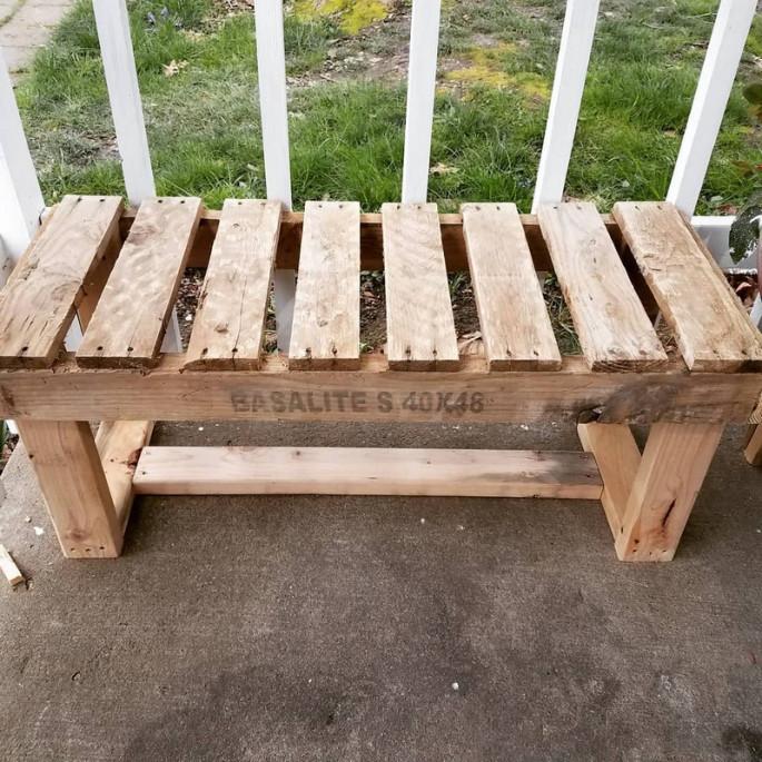 The kiddie Wooden Stylish Outdoor Bench