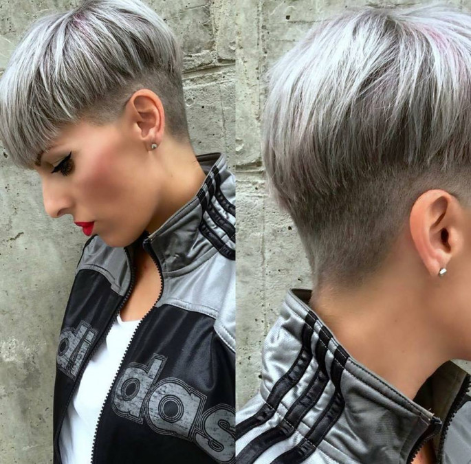 Side pose short hairstyles for fine hair