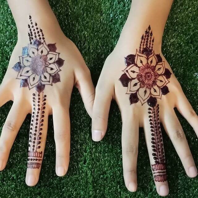 Amazing And Breathtaking Mehndi Designs On Sensod
