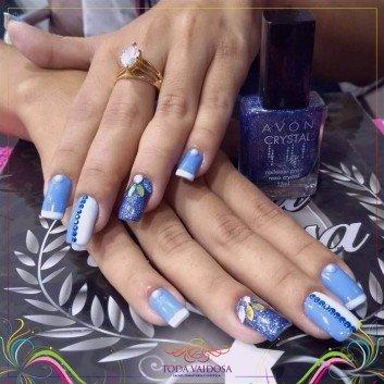 cracked nail art