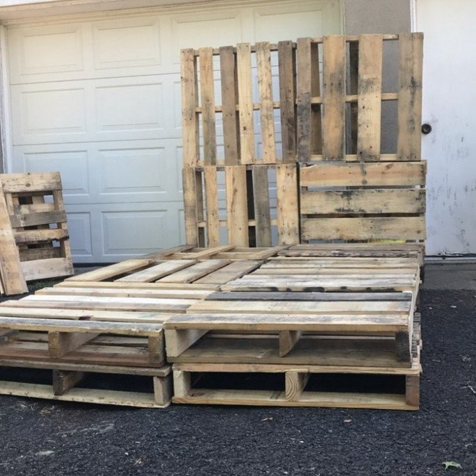 DIY Wood pallet bed frame ideas