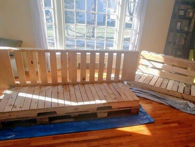indoor pallet couch ideas