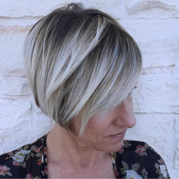31+ Perfect Hairstyles for Women Over 50s