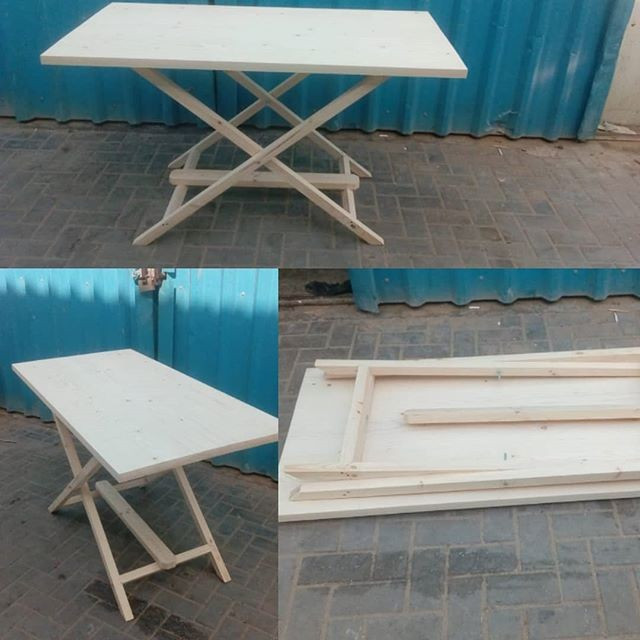 Pallet foldable table