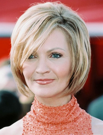 33+ Hairstyles for Women Over 60s