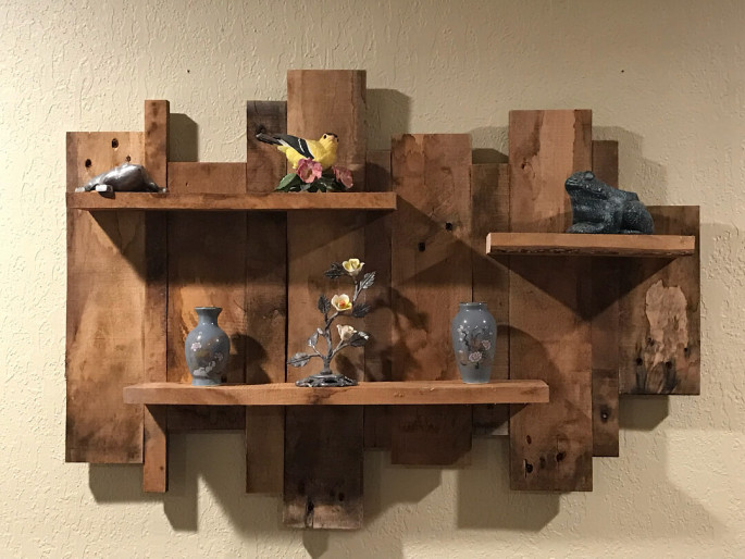 Pallet Wall Shelves with Iron Stand