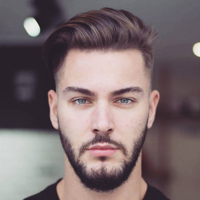 39+ Attractive Hairstyle for Men 2018